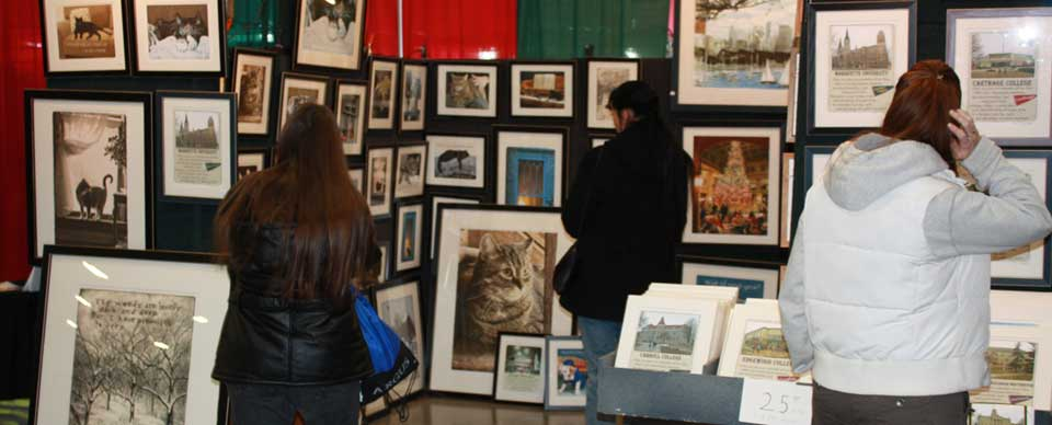 Milwaukee Holiday Art, Craft, and Gift Expo